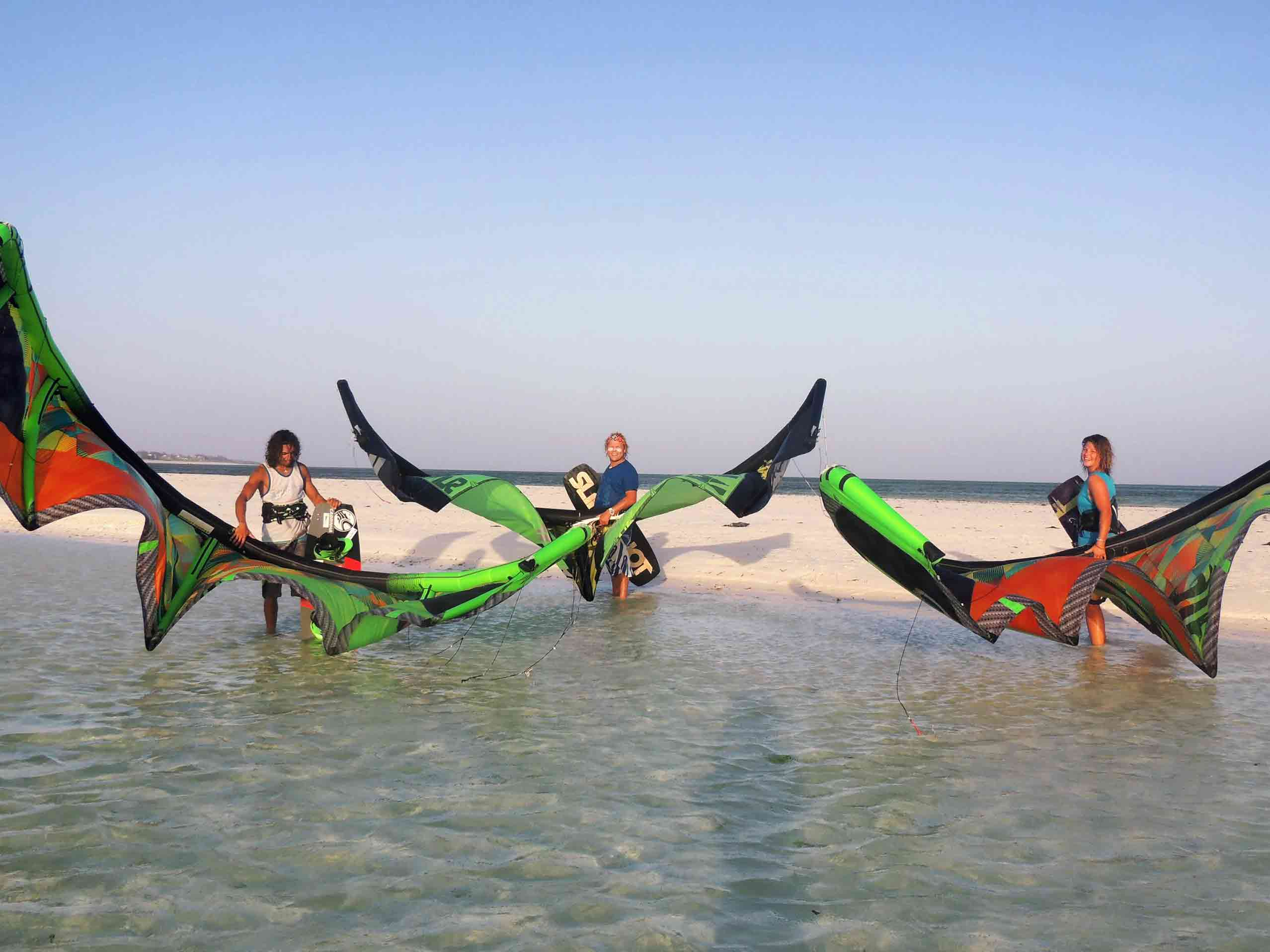 Tribe Watersports - Watamu Kenya - Kitesurfing - Wakeboarding - Stand Up Paddleboarding - Kitesurfing Holiday - Kitesurfing School - kitesurfing kenya - Kitesurfing School Kenya - Watamu Kitesurfing - Kitesurfing Coaching Holidays - DSCN00701