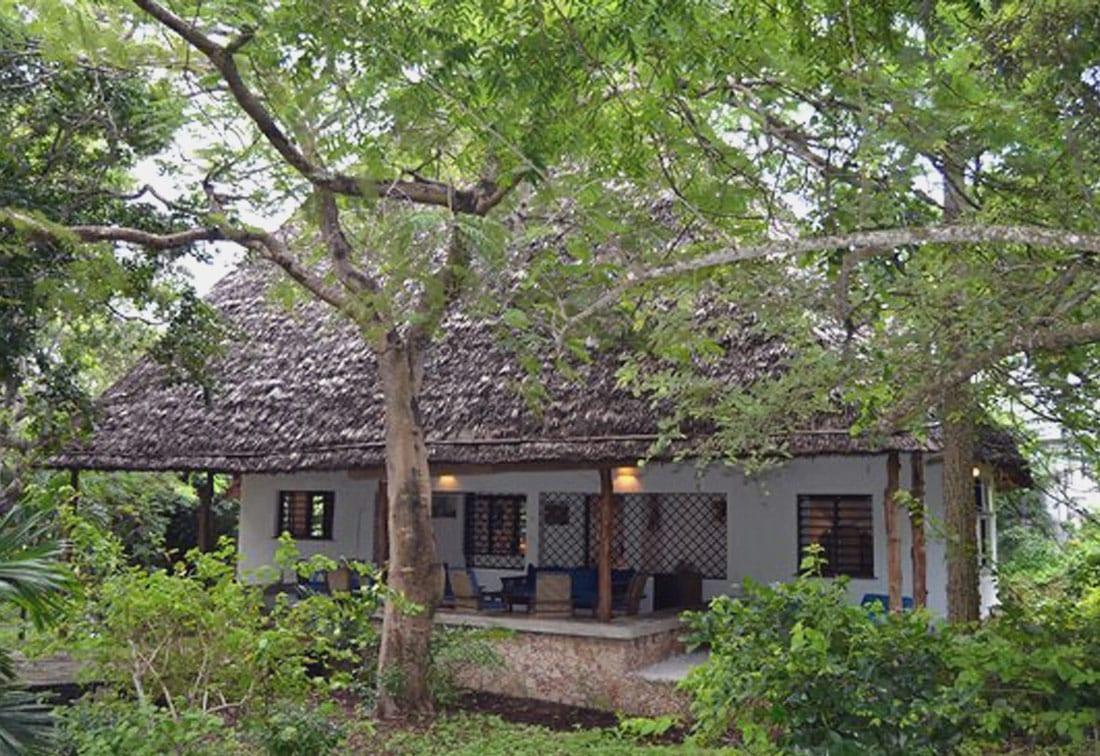 Tribe Watersports - Watamu Kenya - Kitesurfing - Wakeboarding - Stand Up Paddleboarding - Where To Stay - beach cottages watamu kenya